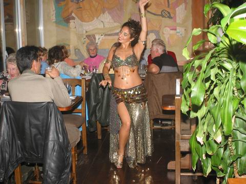 Taverna Greka belly dancer